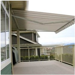 What are the Advantages of Retractable Awnings